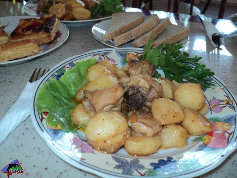Второе блюдо - картофель жаренный с мясом