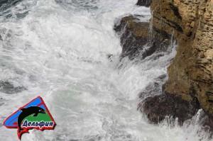 Скалы - Халабуда Черноморское - стихийные волны